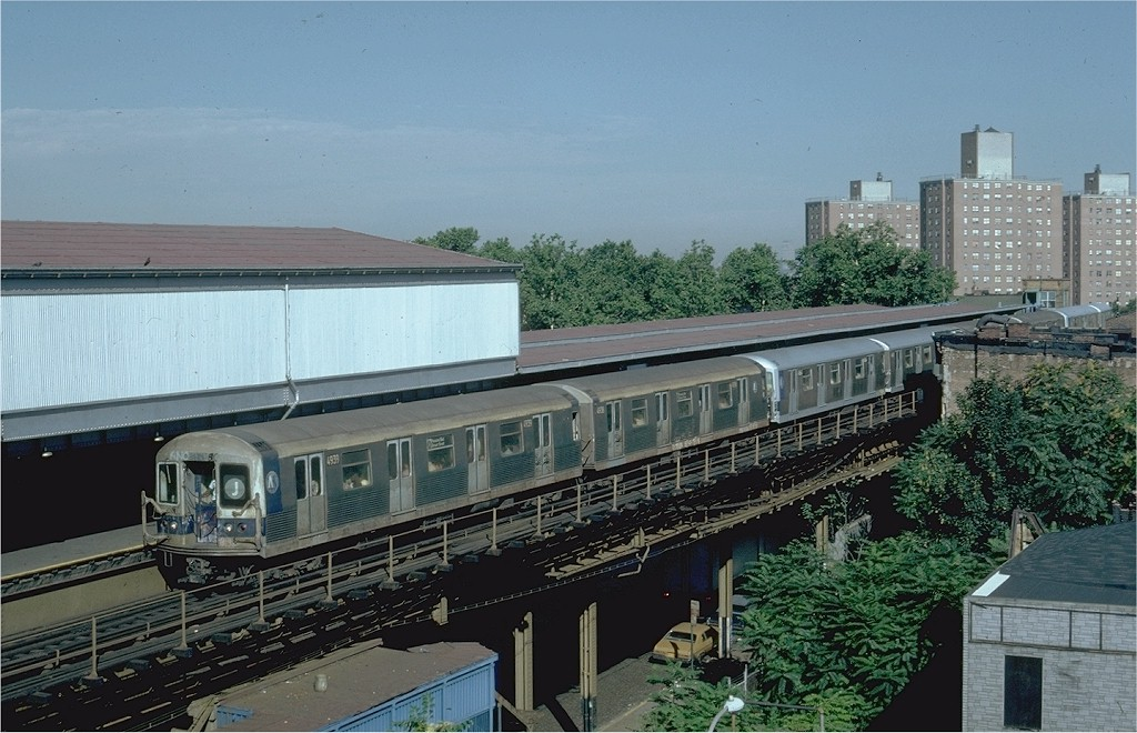(202k, 1024x660)<br><b>Country:</b> United States<br><b>City:</b> New York<br><b>System:</b> New York City Transit<br><b>Line:</b> BMT Nassau Street/Jamaica Line<br><b>Location:</b> Broadway/East New York (Broadway Junction) <br><b>Route:</b> J<br><b>Car:</b> R-42 (St. Louis, 1969-1970)  4939 <br><b>Photo by:</b> Steve Zabel<br><b>Collection of:</b> Joe Testagrose<br><b>Date:</b> 7/16/1981<br><b>Viewed (this week/total):</b> 2 / 5315