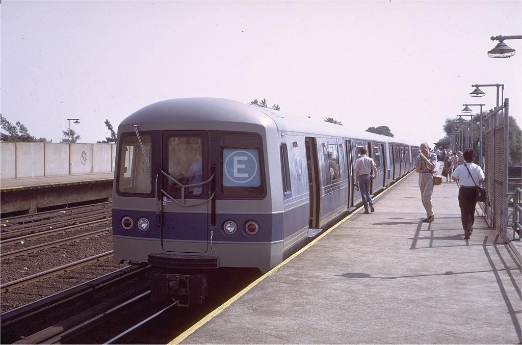 (207k, 1024x677)<br><b>Country:</b> United States<br><b>City:</b> New York<br><b>System:</b> New York City Transit<br><b>Line:</b> IND Rockaway<br><b>Location:</b> Aqueduct/North Conduit Avenue <br><b>Route:</b> Fan Trip<br><b>Car:</b> R-44 (St. Louis, 1971-73) 100 <br><b>Photo by:</b> Steve Zabel<br><b>Collection of:</b> Joe Testagrose<br><b>Date:</b> 8/31/1972<br><b>Viewed (this week/total):</b> 3 / 4459