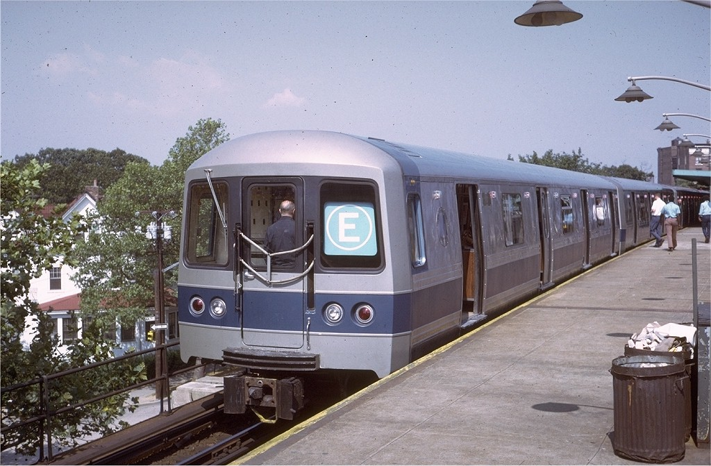 (207k, 1024x671)<br><b>Country:</b> United States<br><b>City:</b> New York<br><b>System:</b> New York City Transit<br><b>Line:</b> IND Rockaway<br><b>Location:</b> Mott Avenue/Far Rockaway <br><b>Route:</b> Fan Trip<br><b>Car:</b> R-44 (St. Louis, 1971-73) 100 <br><b>Photo by:</b> Steve Zabel<br><b>Collection of:</b> Joe Testagrose<br><b>Date:</b> 8/31/1972<br><b>Viewed (this week/total):</b> 1 / 4134