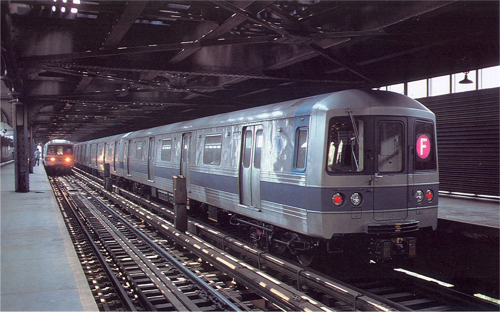 (234k, 1024x639)<br><b>Country:</b> United States<br><b>City:</b> New York<br><b>System:</b> New York City Transit<br><b>Line:</b> BMT Culver Line<br><b>Location:</b> West 8th Street <br><b>Route:</b> F<br><b>Car:</b> R-46 (Pullman-Standard, 1974-75) 1010 <br><b>Photo by:</b> Doug Grotjahn<br><b>Collection of:</b> Joe Testagrose<br><b>Date:</b> 6/18/1977<br><b>Viewed (this week/total):</b> 4 / 6949