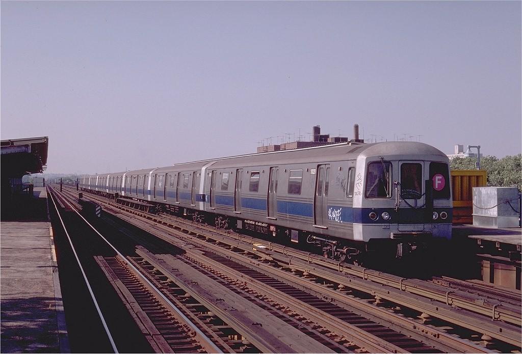 (197k, 1024x695)<br><b>Country:</b> United States<br><b>City:</b> New York<br><b>System:</b> New York City Transit<br><b>Line:</b> BMT Culver Line<br><b>Location:</b> Avenue P <br><b>Route:</b> F<br><b>Car:</b> R-46 (Pullman-Standard, 1974-75) 1020 <br><b>Photo by:</b> Joe Testagrose<br><b>Date:</b> 7/4/1980<br><b>Viewed (this week/total):</b> 0 / 4671