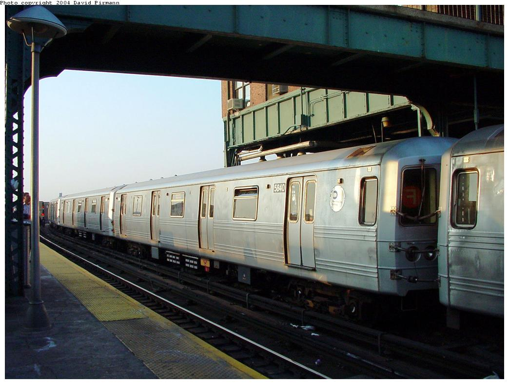 (118k, 1044x788)<br><b>Country:</b> United States<br><b>City:</b> New York<br><b>System:</b> New York City Transit<br><b>Location:</b> Coney Island/Stillwell Avenue<br><b>Route:</b> F<br><b>Car:</b> R-46 (Pullman-Standard, 1974-75) 5840 <br><b>Photo by:</b> David Pirmann<br><b>Date:</b> 5/17/2000<br><b>Viewed (this week/total):</b> 1 / 4017