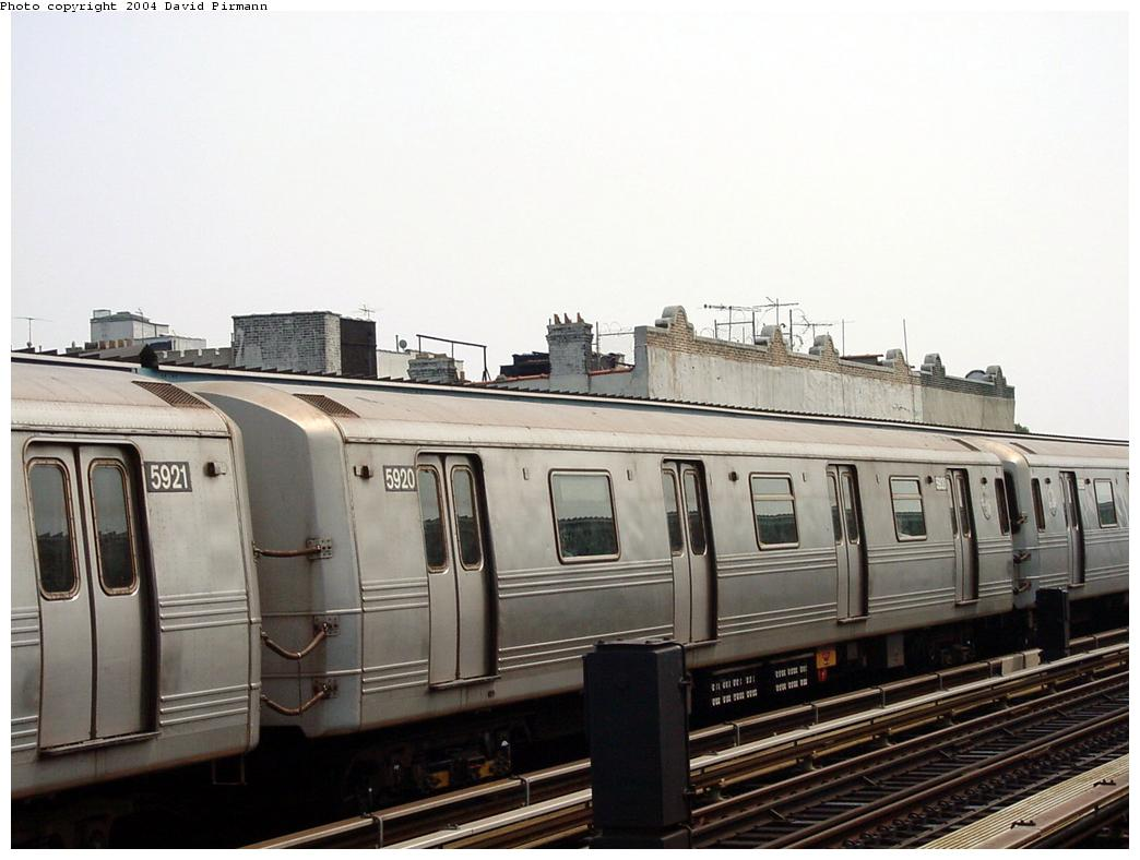(103k, 1044x788)<br><b>Country:</b> United States<br><b>City:</b> New York<br><b>System:</b> New York City Transit<br><b>Line:</b> BMT Culver Line<br><b>Location:</b> Ditmas Avenue <br><b>Route:</b> F<br><b>Car:</b> R-46 (Pullman-Standard, 1974-75) 5920 <br><b>Photo by:</b> David Pirmann<br><b>Date:</b> 8/27/2000<br><b>Viewed (this week/total):</b> 1 / 2720