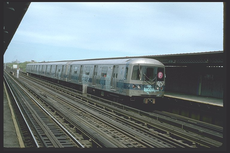 (88k, 768x512)<br><b>Country:</b> United States<br><b>City:</b> New York<br><b>System:</b> New York City Transit<br><b>Line:</b> BMT Culver Line<br><b>Location:</b> Avenue U <br><b>Route:</b> F<br><b>Car:</b> R-46 (Pullman-Standard, 1974-75) 730 <br><b>Photo by:</b> Ed McKernan<br><b>Collection of:</b> Joe Testagrose<br><b>Date:</b> 5/1977<br><b>Viewed (this week/total):</b> 0 / 4615