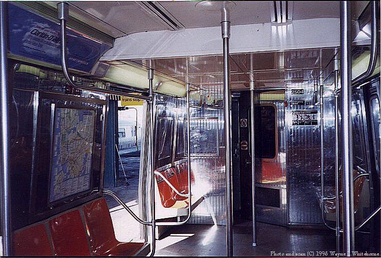 (113k, 742x503)<br><b>Country:</b> United States<br><b>City:</b> New York<br><b>System:</b> New York City Transit<br><b>Route:</b> D<br><b>Car:</b> R-68 (Westinghouse-Amrail, 1986-1988)  2504 <br><b>Photo by:</b> Wayne Whitehorne<br><b>Date:</b> 10/18/1998<br><b>Viewed (this week/total):</b> 0 / 16355