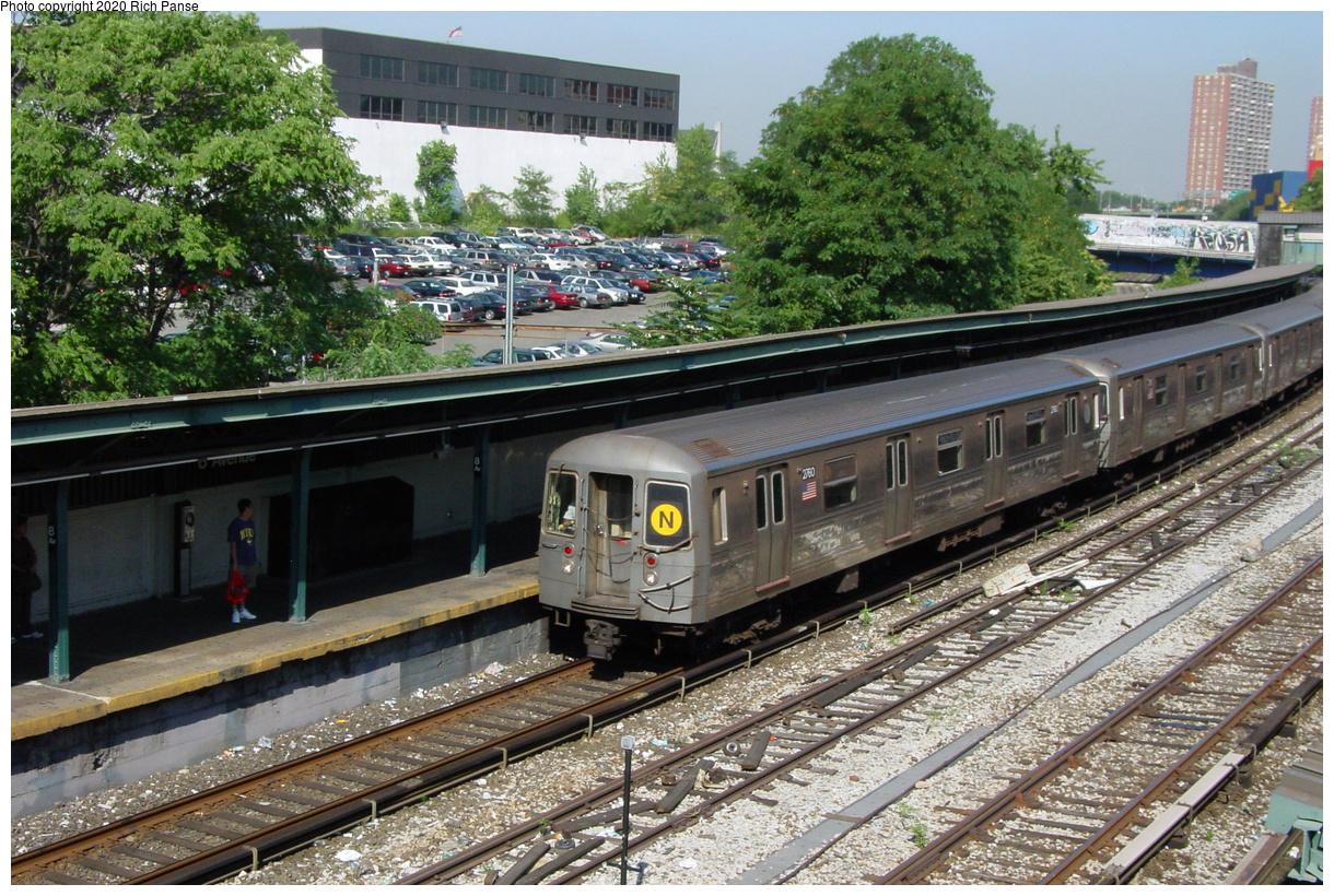 (126k, 820x620)<br><b>Country:</b> United States<br><b>City:</b> New York<br><b>System:</b> New York City Transit<br><b>Line:</b> BMT Sea Beach Line<br><b>Location:</b> 8th Avenue <br><b>Route:</b> N<br><b>Car:</b> R-68 (Westinghouse-Amrail, 1986-1988)  2760 <br><b>Photo by:</b> Richard Panse<br><b>Date:</b> 8/1/2002<br><b>Viewed (this week/total):</b> 0 / 5459