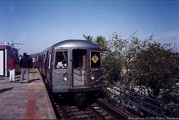 (117k, 741x500)<br><b>Country:</b> United States<br><b>City:</b> New York<br><b>System:</b> New York City Transit<br><b>Location:</b> Coney Island/Stillwell Avenue<br><b>Route:</b> N<br><b>Car:</b> R-68 (Westinghouse-Amrail, 1986-1988)  2832 <br><b>Photo by:</b> Wayne Whitehorne<br><b>Date:</b> 10/18/1998<br><b>Viewed (this week/total):</b> 2 / 6659