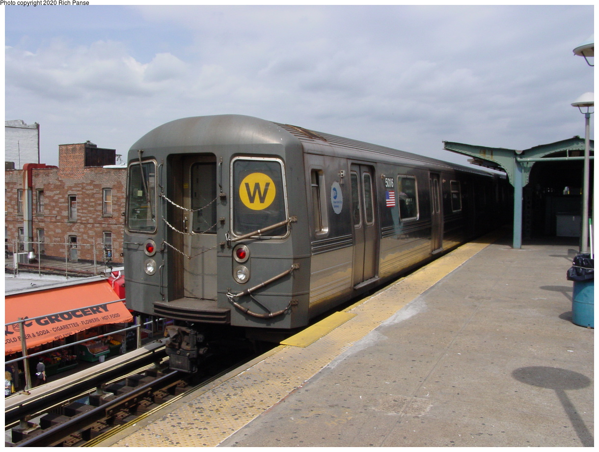 (72k, 820x620)<br><b>Country:</b> United States<br><b>City:</b> New York<br><b>System:</b> New York City Transit<br><b>Location:</b> Coney Island/Stillwell Avenue<br><b>Route:</b> W<br><b>Car:</b> R-68A (Kawasaki, 1988-1989)  5016 <br><b>Photo by:</b> Richard Panse<br><b>Date:</b> 4/9/2002<br><b>Viewed (this week/total):</b> 0 / 5075