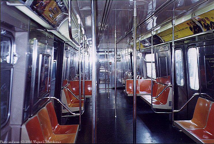 (110k, 743x500)<br><b>Country:</b> United States<br><b>City:</b> New York<br><b>System:</b> New York City Transit<br><b>Route:</b> N<br><b>Car:</b> R-68A (Kawasaki, 1988-1989)  5059 <br><b>Photo by:</b> Wayne Whitehorne<br><b>Date:</b> 10/18/1998<br><b>Viewed (this week/total):</b> 1 / 8446
