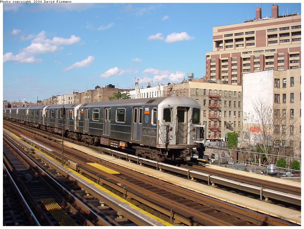 (160k, 1044x788)<br><b>Country:</b> United States<br><b>City:</b> New York<br><b>System:</b> New York City Transit<br><b>Line:</b> IRT Woodlawn Line<br><b>Location:</b> Mosholu Parkway <br><b>Route:</b> 4<br><b>Car:</b> R-62 (Kawasaki, 1983-1985)  1305 <br><b>Photo by:</b> David Pirmann<br><b>Date:</b> 7/12/2001<br><b>Viewed (this week/total):</b> 0 / 6031