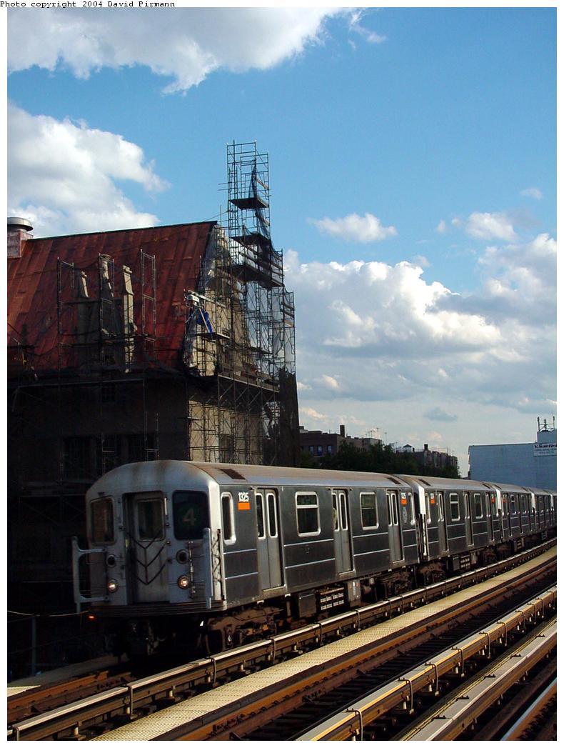 (128k, 790x1047)<br><b>Country:</b> United States<br><b>City:</b> New York<br><b>System:</b> New York City Transit<br><b>Line:</b> IRT Woodlawn Line<br><b>Location:</b> Fordham Road <br><b>Route:</b> 4<br><b>Car:</b> R-62 (Kawasaki, 1983-1985)  1325 <br><b>Photo by:</b> David Pirmann<br><b>Date:</b> 7/12/2001<br><b>Viewed (this week/total):</b> 1 / 3914
