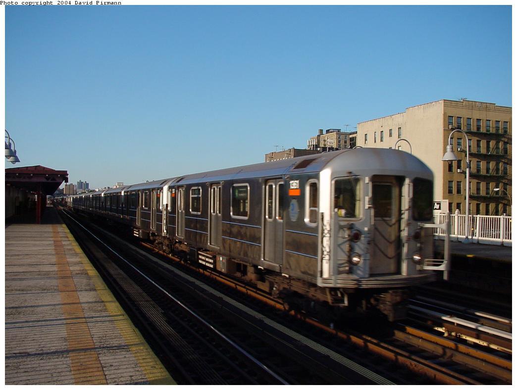 (99k, 1044x788)<br><b>Country:</b> United States<br><b>City:</b> New York<br><b>System:</b> New York City Transit<br><b>Line:</b> IRT Woodlawn Line<br><b>Location:</b> Mt. Eden Avenue <br><b>Route:</b> 4<br><b>Car:</b> R-62 (Kawasaki, 1983-1985)  1361 <br><b>Photo by:</b> David Pirmann<br><b>Date:</b> 7/12/2001<br><b>Viewed (this week/total):</b> 2 / 4407