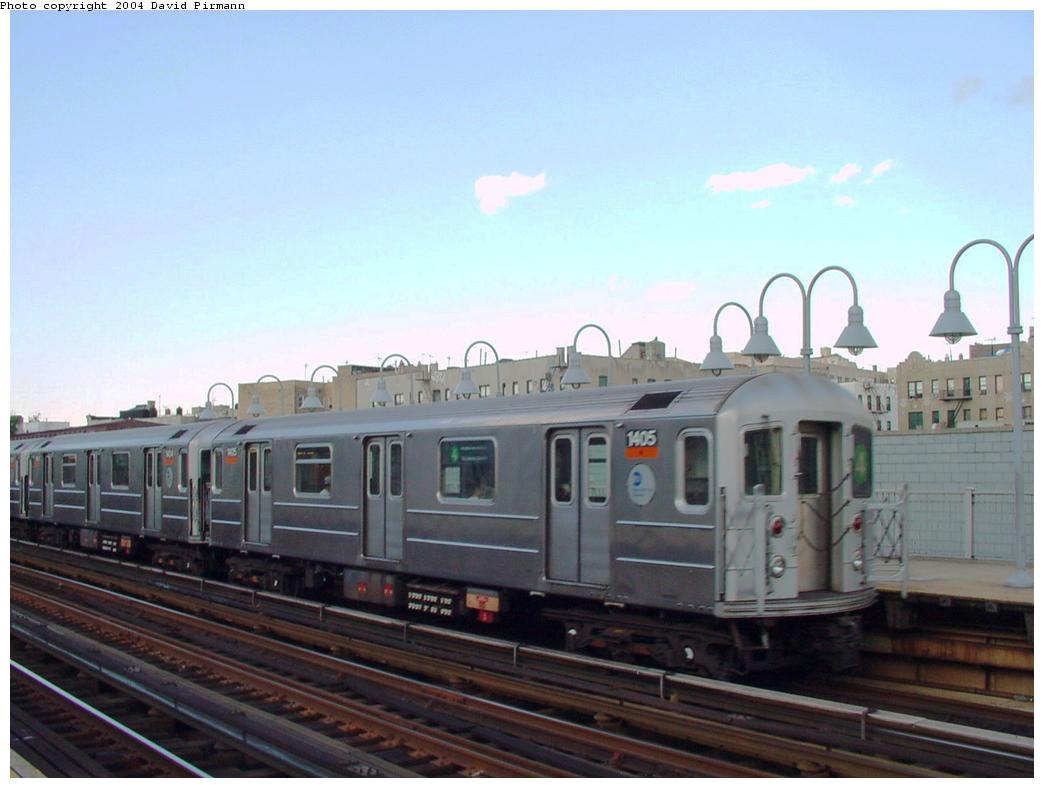 (91k, 1044x788)<br><b>Country:</b> United States<br><b>City:</b> New York<br><b>System:</b> New York City Transit<br><b>Line:</b> IRT Woodlawn Line<br><b>Location:</b> 176th Street <br><b>Route:</b> 4<br><b>Car:</b> R-62 (Kawasaki, 1983-1985)  1405 <br><b>Photo by:</b> David Pirmann<br><b>Date:</b> 7/12/2001<br><b>Viewed (this week/total):</b> 0 / 5043
