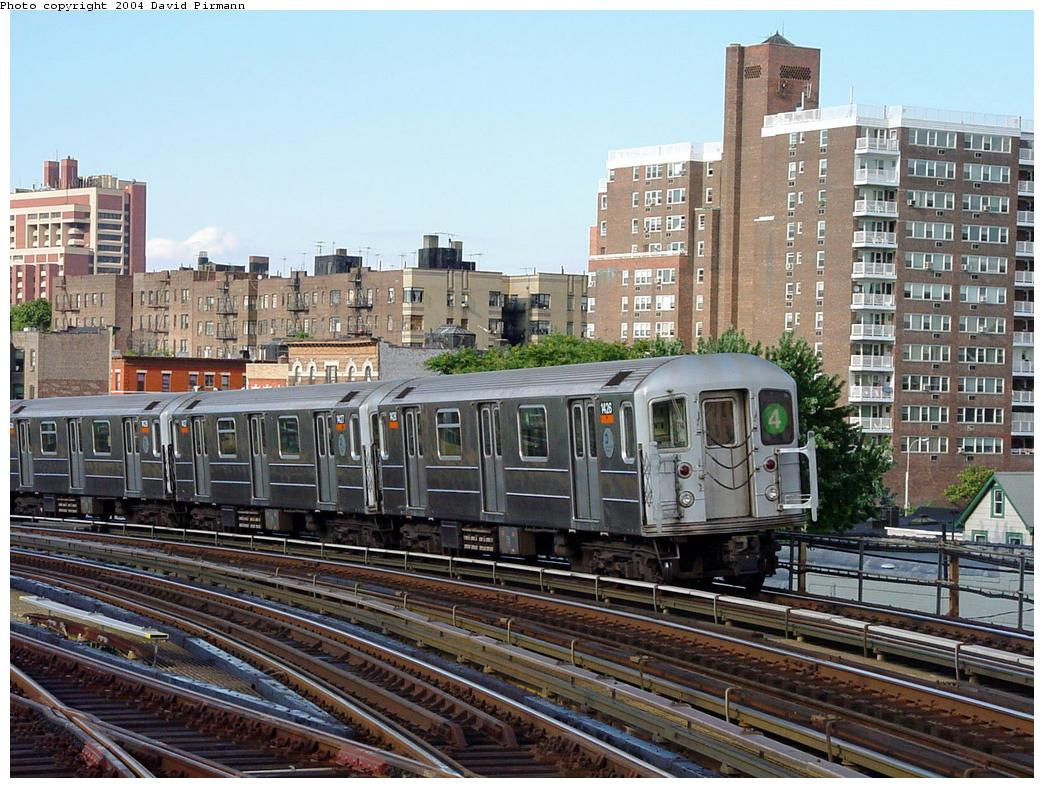(172k, 1044x788)<br><b>Country:</b> United States<br><b>City:</b> New York<br><b>System:</b> New York City Transit<br><b>Line:</b> IRT Woodlawn Line<br><b>Location:</b> Bedford Park Boulevard <br><b>Route:</b> 4<br><b>Car:</b> R-62 (Kawasaki, 1983-1985)  1426 <br><b>Photo by:</b> David Pirmann<br><b>Date:</b> 7/12/2001<br><b>Viewed (this week/total):</b> 1 / 4396