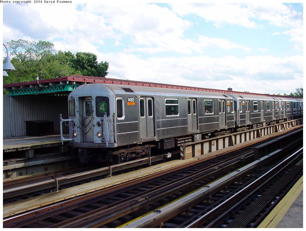 (138k, 1044x788)<br><b>Country:</b> United States<br><b>City:</b> New York<br><b>System:</b> New York City Transit<br><b>Line:</b> IRT Woodlawn Line<br><b>Location:</b> Mosholu Parkway <br><b>Route:</b> 4<br><b>Car:</b> R-62 (Kawasaki, 1983-1985)  1485 <br><b>Photo by:</b> David Pirmann<br><b>Date:</b> 7/12/2001<br><b>Viewed (this week/total):</b> 0 / 4662