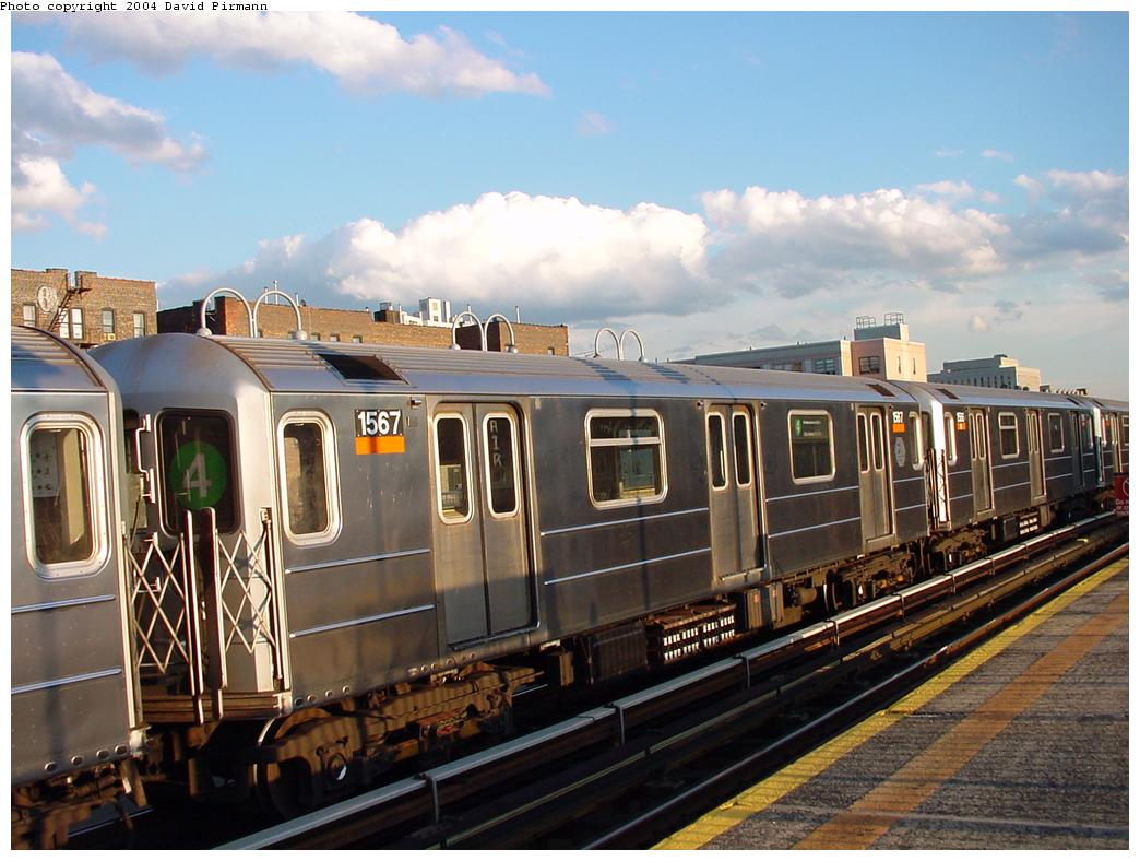 (125k, 1044x788)<br><b>Country:</b> United States<br><b>City:</b> New York<br><b>System:</b> New York City Transit<br><b>Line:</b> IRT Woodlawn Line<br><b>Location:</b> 167th Street <br><b>Route:</b> 4<br><b>Car:</b> R-62 (Kawasaki, 1983-1985)  1567 <br><b>Photo by:</b> David Pirmann<br><b>Date:</b> 7/12/2001<br><b>Viewed (this week/total):</b> 2 / 4082