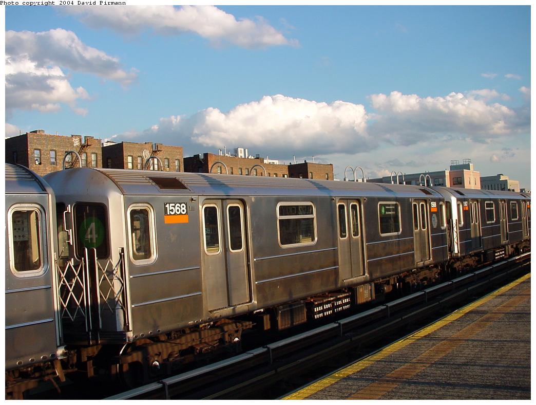 (119k, 1044x788)<br><b>Country:</b> United States<br><b>City:</b> New York<br><b>System:</b> New York City Transit<br><b>Line:</b> IRT Woodlawn Line<br><b>Location:</b> 167th Street <br><b>Route:</b> 4<br><b>Car:</b> R-62 (Kawasaki, 1983-1985)  1568 <br><b>Photo by:</b> David Pirmann<br><b>Date:</b> 7/12/2001<br><b>Viewed (this week/total):</b> 1 / 3564