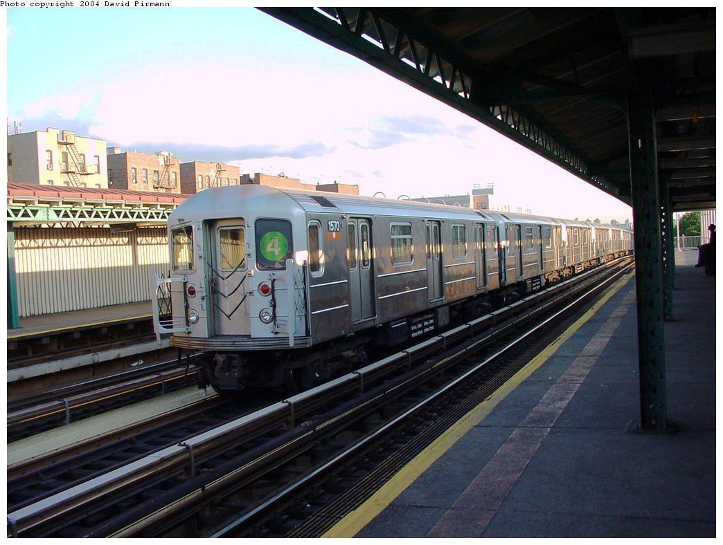 (130k, 1044x788)<br><b>Country:</b> United States<br><b>City:</b> New York<br><b>System:</b> New York City Transit<br><b>Line:</b> IRT Woodlawn Line<br><b>Location:</b> 167th Street <br><b>Route:</b> 4<br><b>Car:</b> R-62 (Kawasaki, 1983-1985)  1570 <br><b>Photo by:</b> David Pirmann<br><b>Date:</b> 7/12/2001<br><b>Viewed (this week/total):</b> 2 / 4668