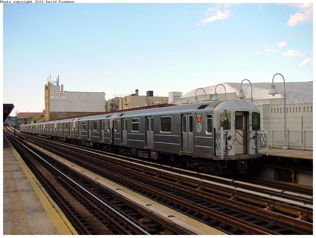 (118k, 1044x788)<br><b>Country:</b> United States<br><b>City:</b> New York<br><b>System:</b> New York City Transit<br><b>Line:</b> IRT Woodlawn Line<br><b>Location:</b> 183rd Street <br><b>Route:</b> 4<br><b>Car:</b> R-62 (Kawasaki, 1983-1985)  1591 <br><b>Photo by:</b> David Pirmann<br><b>Date:</b> 7/12/2001<br><b>Viewed (this week/total):</b> 0 / 3410
