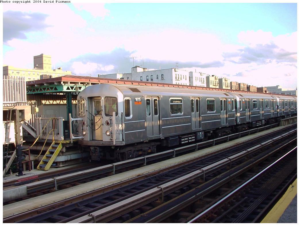 (131k, 1044x788)<br><b>Country:</b> United States<br><b>City:</b> New York<br><b>System:</b> New York City Transit<br><b>Line:</b> IRT Woodlawn Line<br><b>Location:</b> 167th Street <br><b>Route:</b> 4<br><b>Car:</b> R-62 (Kawasaki, 1983-1985)  1615 <br><b>Photo by:</b> David Pirmann<br><b>Date:</b> 7/12/2001<br><b>Viewed (this week/total):</b> 1 / 4091