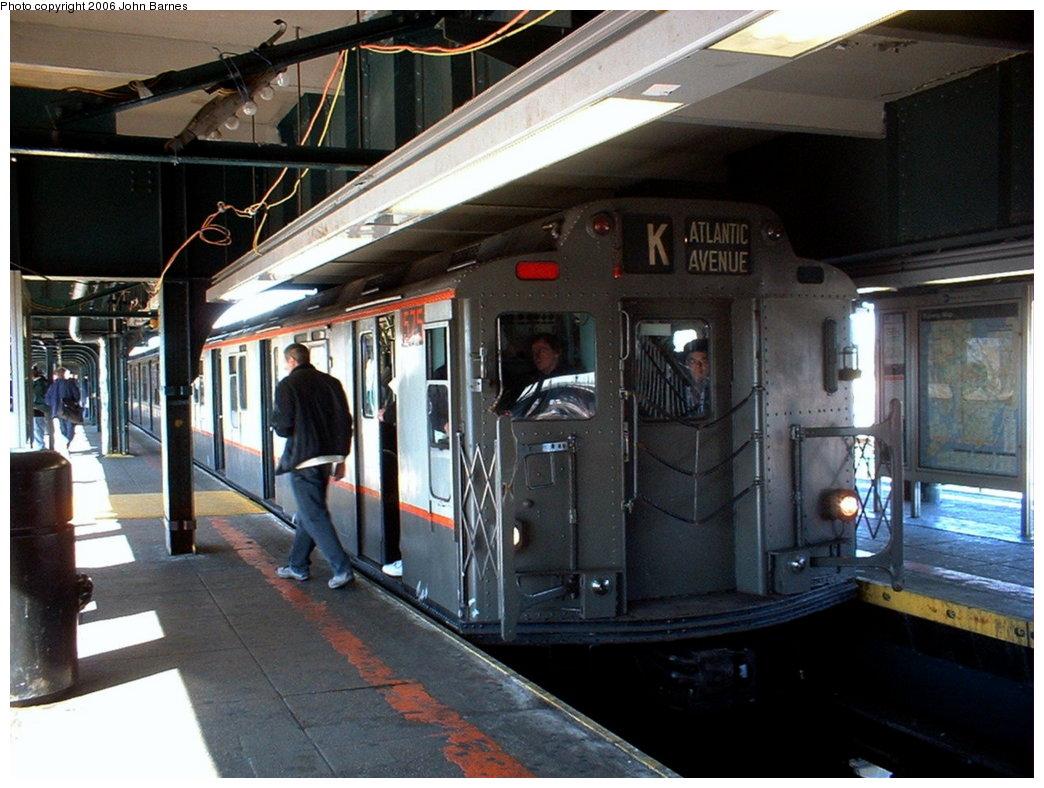 (180k, 1044x788)<br><b>Country:</b> United States<br><b>City:</b> New York<br><b>System:</b> New York City Transit<br><b>Line:</b> BMT Nassau Street/Jamaica Line<br><b>Location:</b> Broadway/East New York (Broadway Junction) <br><b>Route:</b> Fan Trip<br><b>Car:</b> R-7A (Pullman, 1938)  1575 <br><b>Photo by:</b> John Barnes<br><b>Date:</b> 11/9/2003<br><b>Viewed (this week/total):</b> 0 / 2602