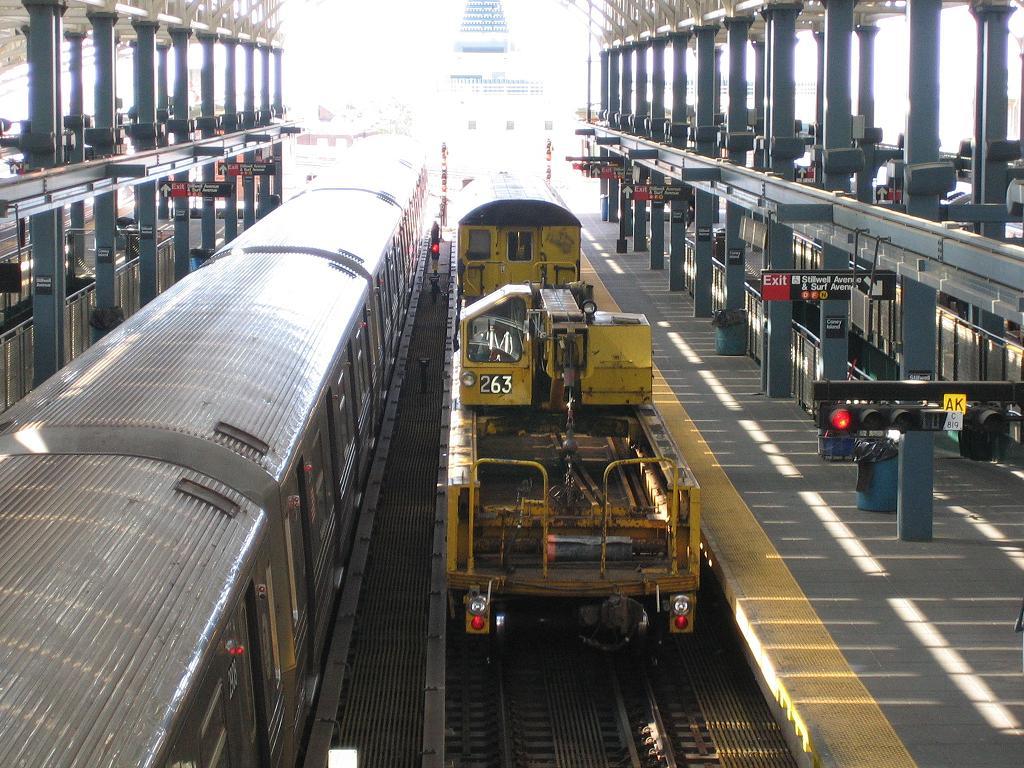 (167k, 1024x768)<br><b>Country:</b> United States<br><b>City:</b> New York<br><b>System:</b> New York City Transit<br><b>Location:</b> Coney Island/Stillwell Avenue<br><b>Route:</b> Work Service<br><b>Car:</b> R-113 Crane Car  263 <br><b>Photo by:</b> Michael Hodurski<br><b>Date:</b> 6/10/2006<br><b>Viewed (this week/total):</b> 0 / 2273