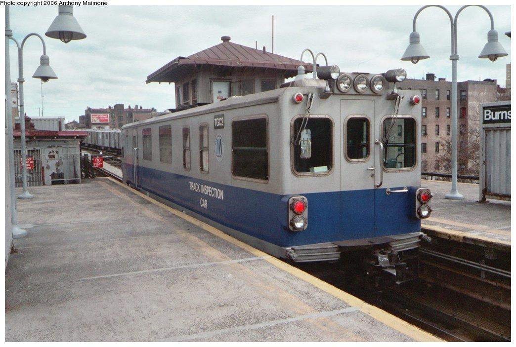 (164k, 1044x703)<br><b>Country:</b> United States<br><b>City:</b> New York<br><b>System:</b> New York City Transit<br><b>Line:</b> IRT Woodlawn Line<br><b>Location:</b> Burnside Avenue <br><b>Route:</b> Work Service<br><b>Car:</b> Track Geometry Car TGC2 <br><b>Photo by:</b> Anthony Maimone<br><b>Date:</b> 4/11/2006<br><b>Viewed (this week/total):</b> 3 / 5156