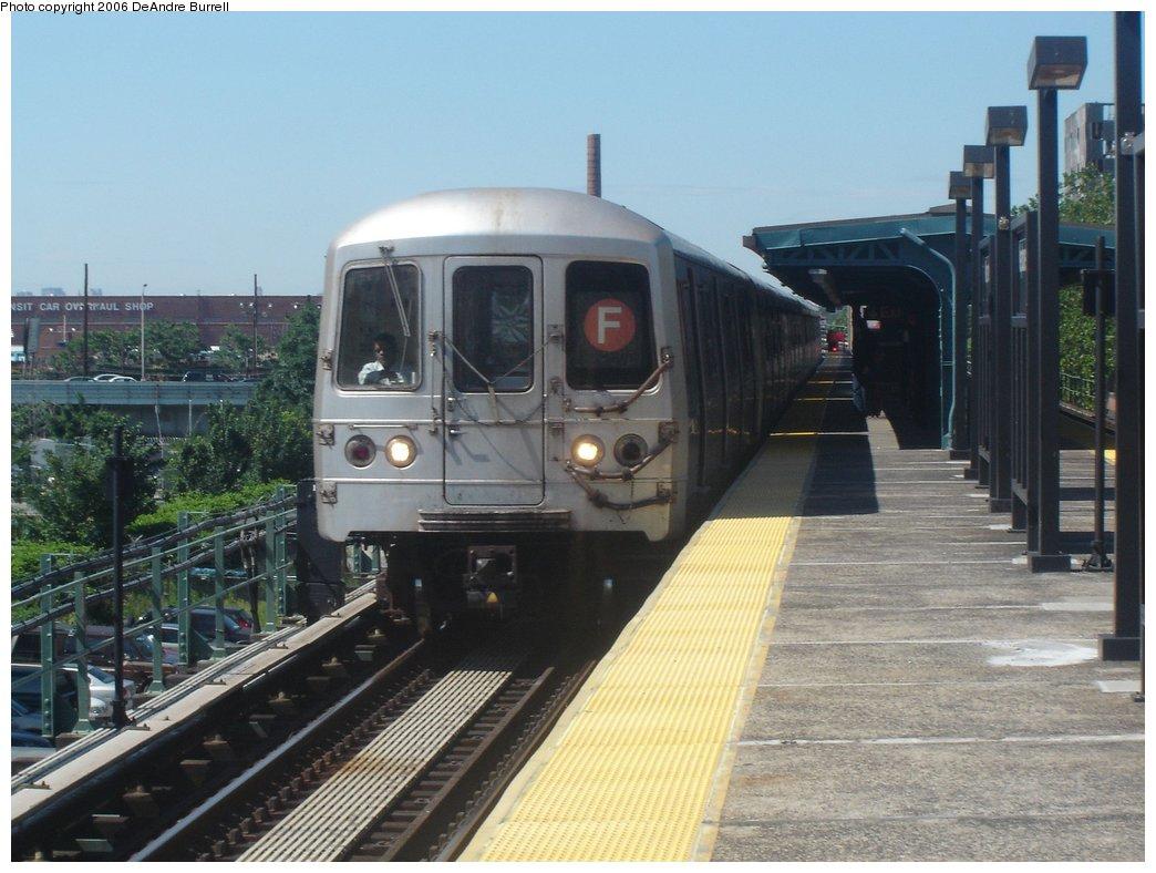 (167k, 1044x788)<br><b>Country:</b> United States<br><b>City:</b> New York<br><b>System:</b> New York City Transit<br><b>Line:</b> BMT Culver Line<br><b>Location:</b> Neptune Avenue <br><b>Route:</b> F<br><b>Car:</b> R-46 (Pullman-Standard, 1974-75)  <br><b>Photo by:</b> DeAndre Burrell<br><b>Date:</b> 6/11/2006<br><b>Viewed (this week/total):</b> 0 / 2539