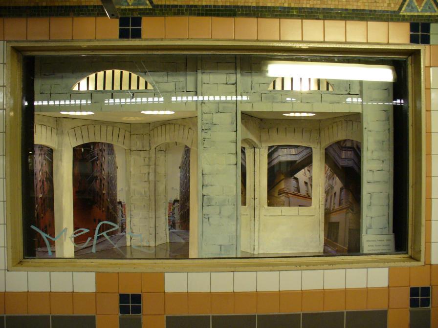 (105k, 896x672)<br><b>Country:</b> United States<br><b>City:</b> New York<br><b>System:</b> New York City Transit<br><b>Line:</b> IRT West Side Line<br><b>Location:</b> Franklin Street <br><b>Photo by:</b> Robbie Rosenfeld<br><b>Date:</b> 6/16/2006<br><b>Artwork:</b> <i>Alleyways, Tribeca</i>, Susan Leopold (2005).<br><b>Viewed (this week/total):</b> 1 / 4610