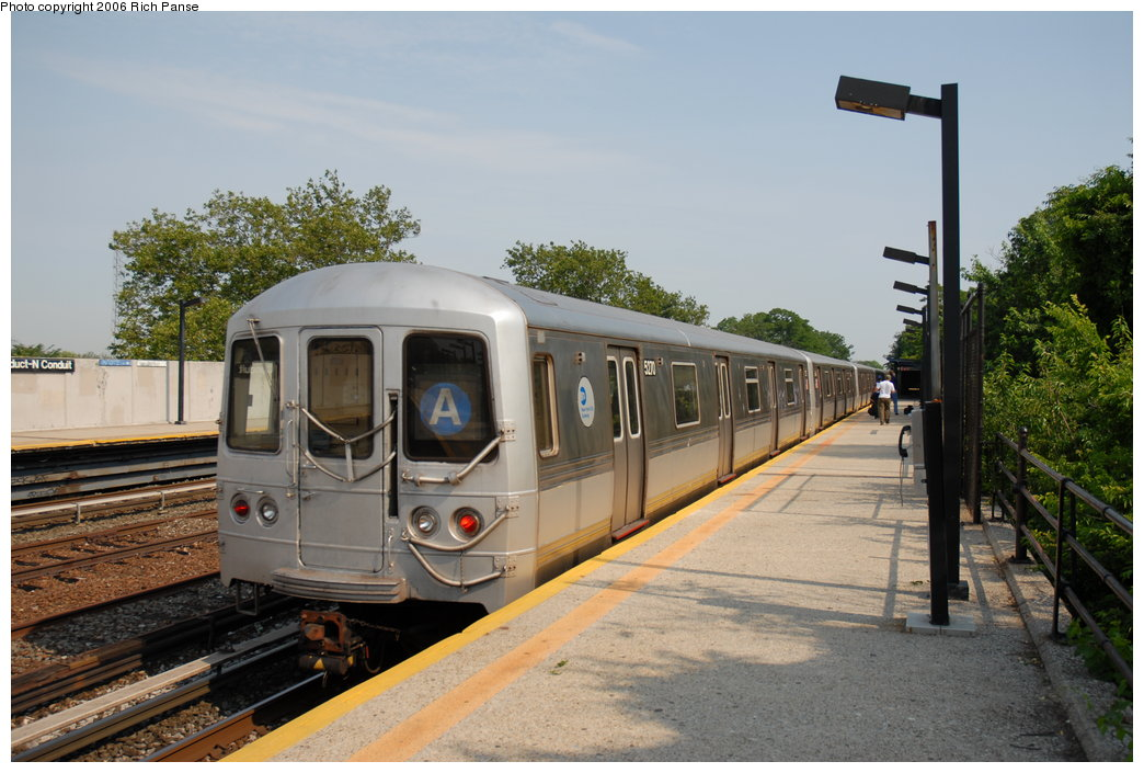 (190k, 1044x705)<br><b>Country:</b> United States<br><b>City:</b> New York<br><b>System:</b> New York City Transit<br><b>Line:</b> IND Rockaway<br><b>Location:</b> Aqueduct/North Conduit Avenue <br><b>Route:</b> A<br><b>Car:</b> R-44 (St. Louis, 1971-73) 5270 <br><b>Photo by:</b> Richard Panse<br><b>Date:</b> 6/17/2006<br><b>Viewed (this week/total):</b> 2 / 2890