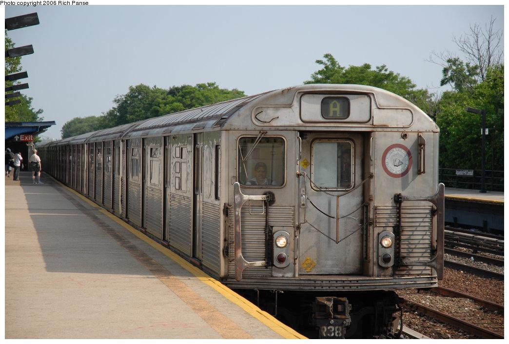 (187k, 1044x705)<br><b>Country:</b> United States<br><b>City:</b> New York<br><b>System:</b> New York City Transit<br><b>Line:</b> IND Rockaway<br><b>Location:</b> Aqueduct/North Conduit Avenue <br><b>Route:</b> A<br><b>Car:</b> R-38 (St. Louis, 1966-1967)  4071 <br><b>Photo by:</b> Richard Panse<br><b>Date:</b> 6/17/2006<br><b>Viewed (this week/total):</b> 1 / 3973