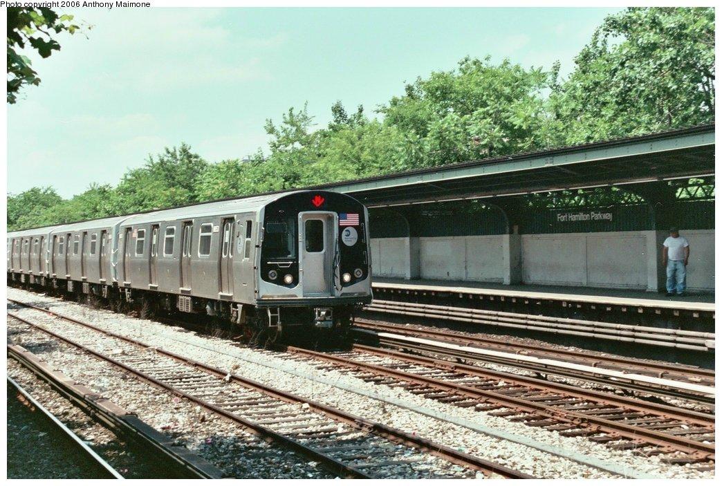(217k, 1044x703)<br><b>Country:</b> United States<br><b>City:</b> New York<br><b>System:</b> New York City Transit<br><b>Line:</b> BMT Sea Beach Line<br><b>Location:</b> Fort Hamilton Parkway <br><b>Car:</b> R-160A-2 (Alstom, 2005-2008, 5 car sets)  8653 <br><b>Photo by:</b> Anthony Maimone<br><b>Date:</b> 6/21/2006<br><b>Notes:</b> Testing R160A.<br><b>Viewed (this week/total):</b> 2 / 3536