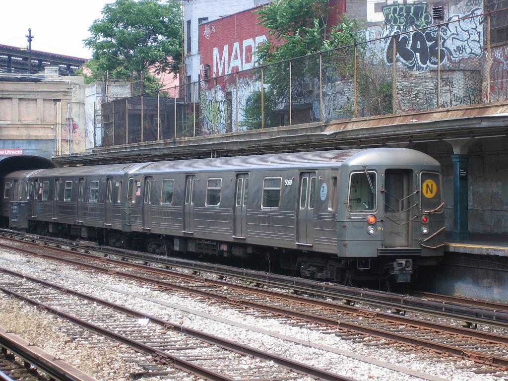 (207k, 1024x768)<br><b>Country:</b> United States<br><b>City:</b> New York<br><b>System:</b> New York City Transit<br><b>Line:</b> BMT Sea Beach Line<br><b>Location:</b> New Utrecht Avenue <br><b>Route:</b> N<br><b>Car:</b> R-68A (Kawasaki, 1988-1989)  5060 <br><b>Photo by:</b> Michael Hodurski<br><b>Date:</b> 6/22/2006<br><b>Viewed (this week/total):</b> 3 / 2766