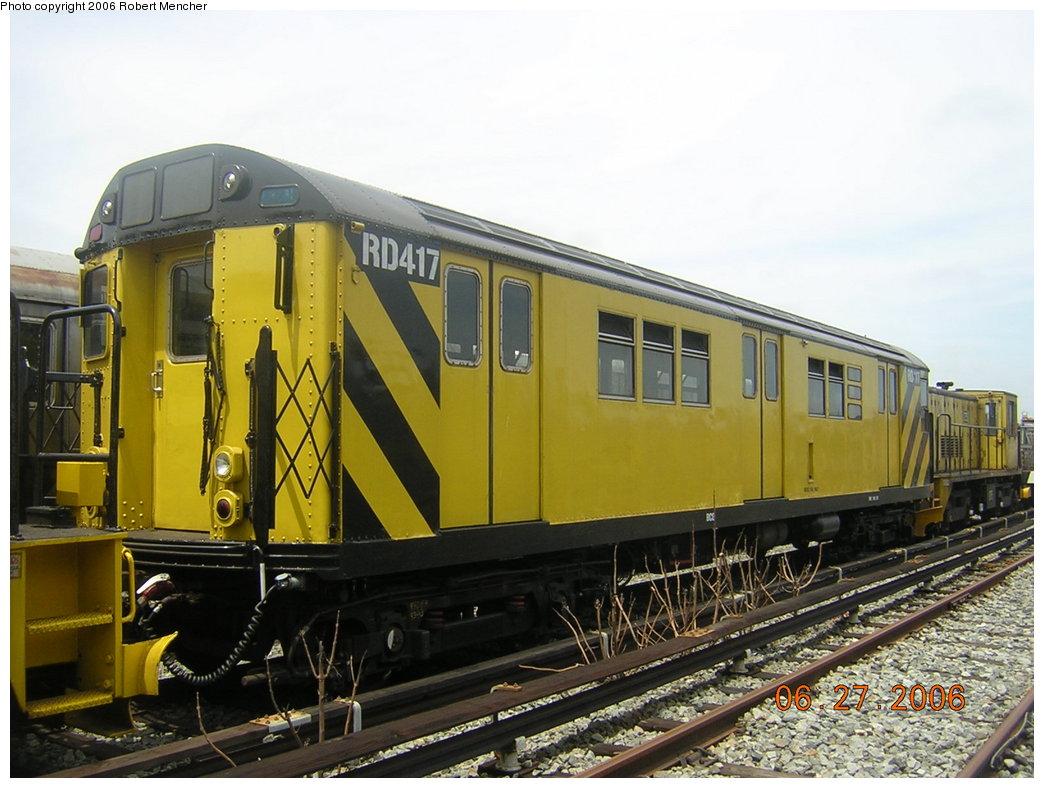 (200k, 1044x788)<br><b>Country:</b> United States<br><b>City:</b> New York<br><b>System:</b> New York City Transit<br><b>Location:</b> Rockaway Parkway (Canarsie) Yard<br><b>Car:</b> R-161 Rider Car (ex-R-33)  RD417 (ex-8965)<br><b>Photo by:</b> Robert Mencher<br><b>Date:</b> 6/27/2006<br><b>Viewed (this week/total):</b> 0 / 2206