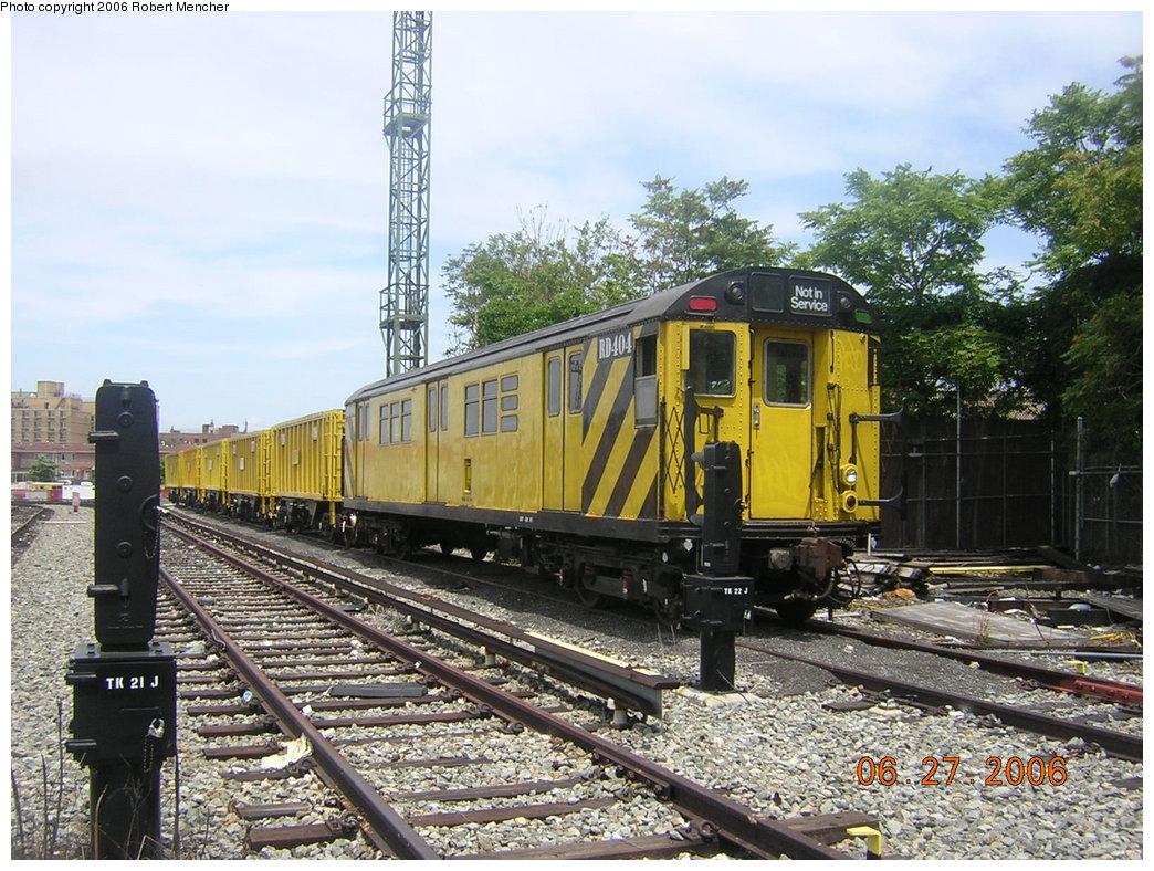 (266k, 1044x788)<br><b>Country:</b> United States<br><b>City:</b> New York<br><b>System:</b> New York City Transit<br><b>Location:</b> Rockaway Parkway (Canarsie) Yard<br><b>Car:</b> R-161 Rider Car (ex-R-33)  RD404 (ex-8858)<br><b>Photo by:</b> Robert Mencher<br><b>Date:</b> 6/27/2006<br><b>Viewed (this week/total):</b> 4 / 3141
