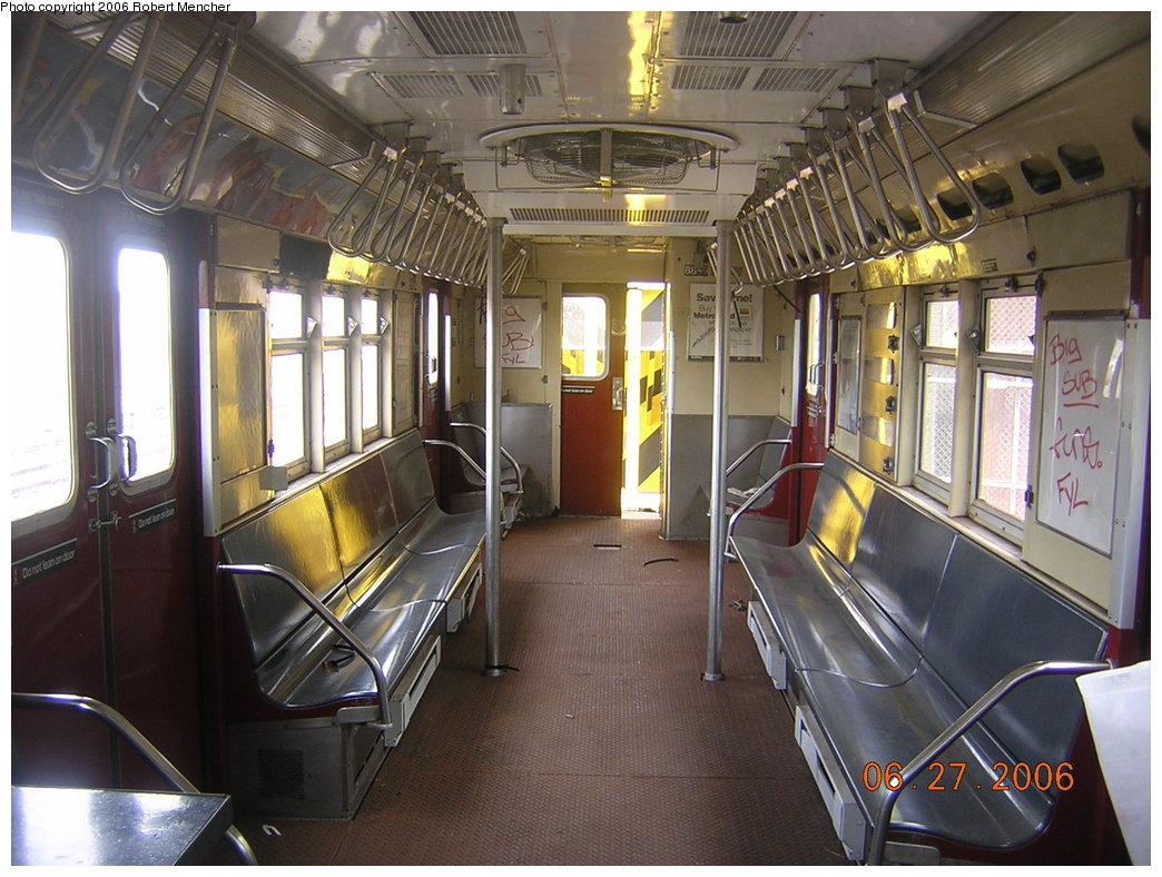 (227k, 1044x788)<br><b>Country:</b> United States<br><b>City:</b> New York<br><b>System:</b> New York City Transit<br><b>Location:</b> Rockaway Parkway (Canarsie) Yard<br><b>Car:</b> R-161 Rider Car (ex-R-33)  RD404 (ex-8858)<br><b>Photo by:</b> Robert Mencher<br><b>Date:</b> 6/27/2006<br><b>Viewed (this week/total):</b> 0 / 6328