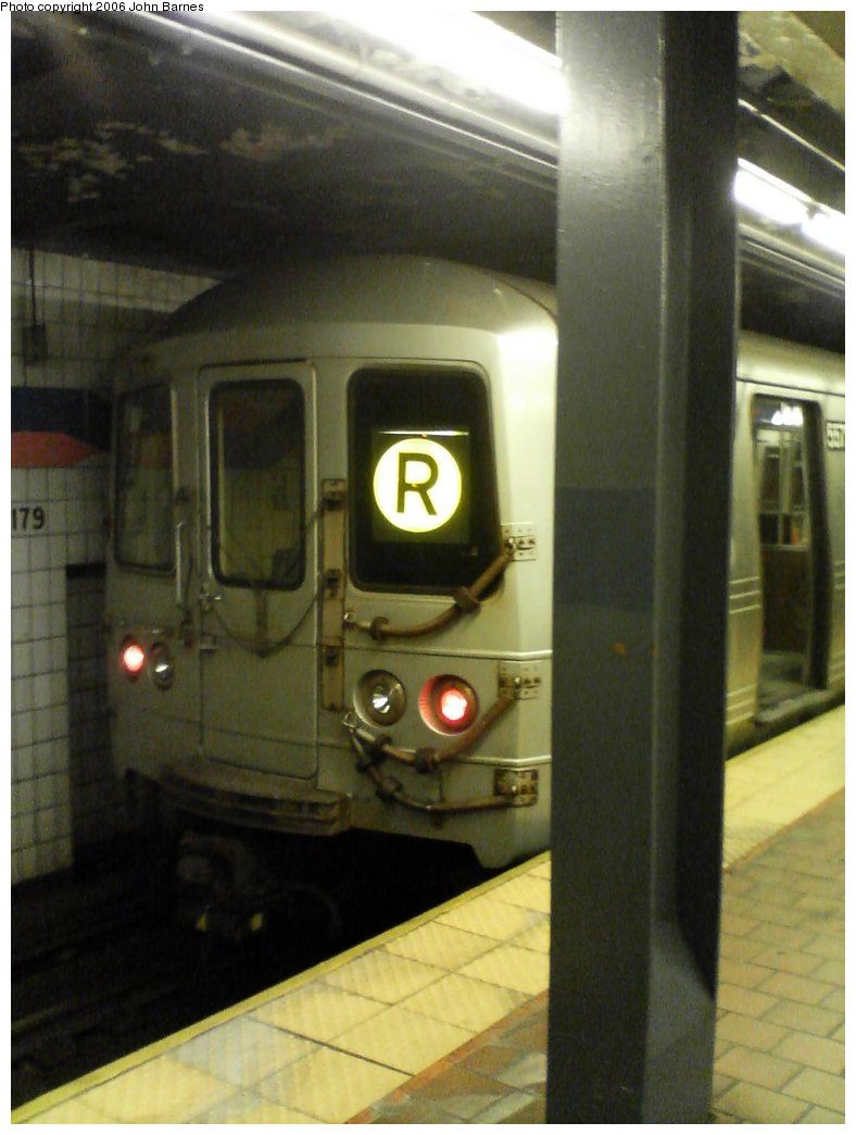 (118k, 788x1044)<br><b>Country:</b> United States<br><b>City:</b> New York<br><b>System:</b> New York City Transit<br><b>Line:</b> IND Queens Boulevard Line<br><b>Location:</b> 179th Street <br><b>Route:</b> R<br><b>Car:</b> R-46 (Pullman-Standard, 1974-75) 5572 <br><b>Photo by:</b> John Barnes<br><b>Date:</b> 7/8/2006<br><b>Viewed (this week/total):</b> 1 / 3165