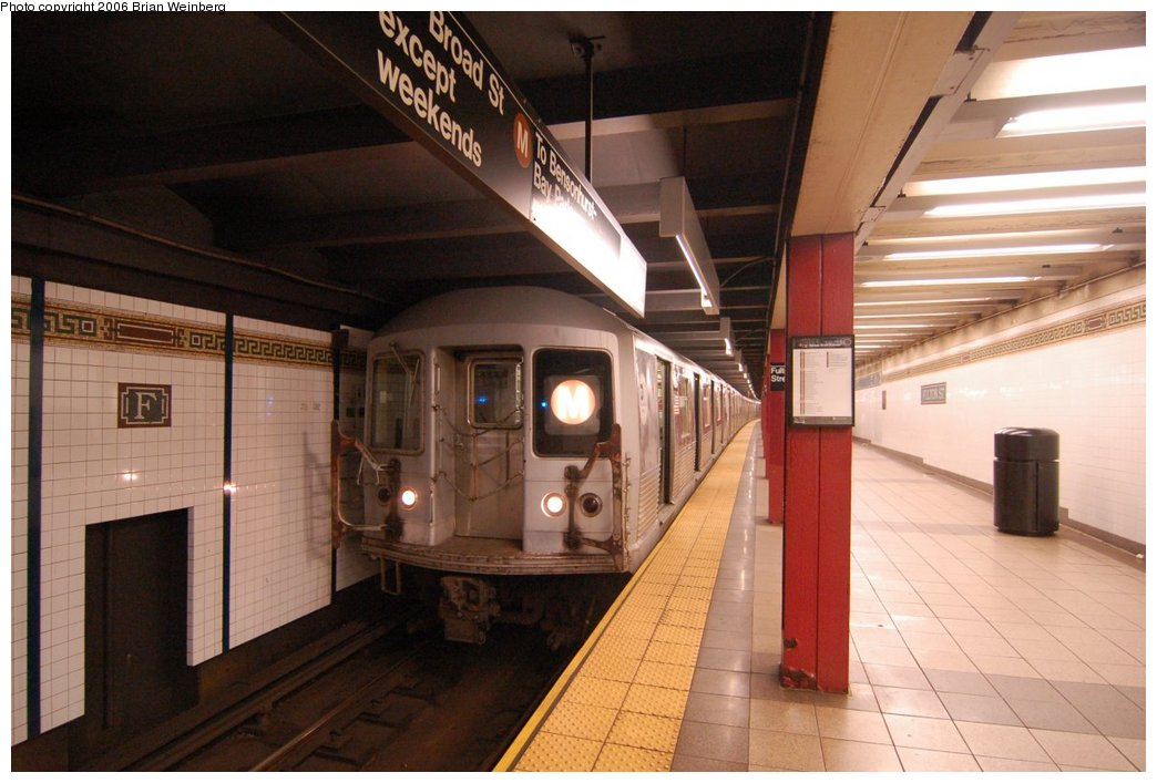 (198k, 1044x707)<br><b>Country:</b> United States<br><b>City:</b> New York<br><b>System:</b> New York City Transit<br><b>Line:</b> BMT Nassau Street/Jamaica Line<br><b>Location:</b> Fulton Street <br><b>Route:</b> M<br><b>Car:</b> R-42 (St. Louis, 1969-1970)  4884 <br><b>Photo by:</b> Brian Weinberg<br><b>Date:</b> 6/28/2006<br><b>Notes:</b> Front of the southbound platform, i.e. the upper level (looking north).<br><b>Viewed (this week/total):</b> 0 / 3775