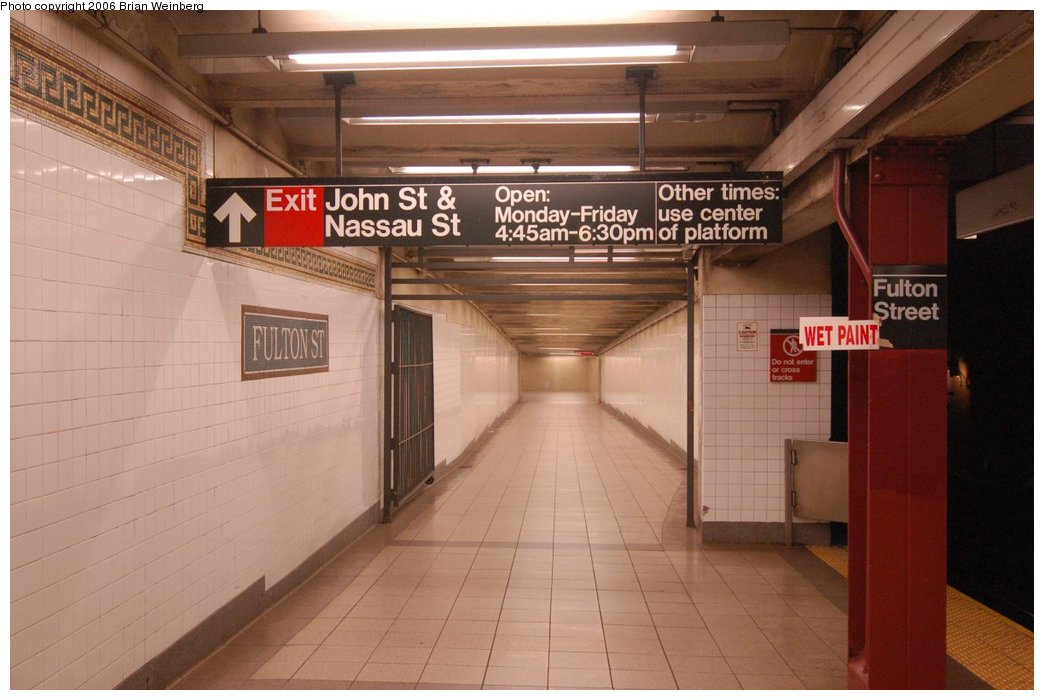 (188k, 1044x700)<br><b>Country:</b> United States<br><b>City:</b> New York<br><b>System:</b> New York City Transit<br><b>Line:</b> BMT Nassau Street/Jamaica Line<br><b>Location:</b> Fulton Street <br><b>Photo by:</b> Brian Weinberg<br><b>Date:</b> 6/28/2006<br><b>Notes:</b> Front of the southbound platform, i.e. the upper level (looking south) at the John St & Nassau St exit.<br><b>Viewed (this week/total):</b> 0 / 2698