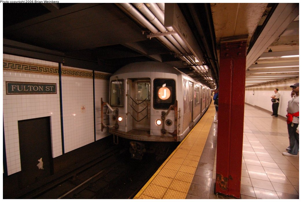 (193k, 1044x700)<br><b>Country:</b> United States<br><b>City:</b> New York<br><b>System:</b> New York City Transit<br><b>Line:</b> BMT Nassau Street/Jamaica Line<br><b>Location:</b> Fulton Street <br><b>Route:</b> J<br><b>Car:</b> R-42 (St. Louis, 1969-1970)  4782 <br><b>Photo by:</b> Brian Weinberg<br><b>Date:</b> 6/28/2006<br><b>Notes:</b> Front of the northbound platform, i.e. the lower level (looking south).<br><b>Viewed (this week/total):</b> 5 / 3666