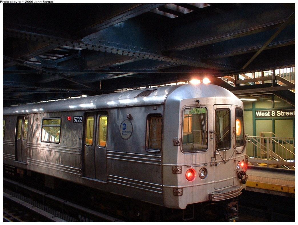 (184k, 1044x788)<br><b>Country:</b> United States<br><b>City:</b> New York<br><b>System:</b> New York City Transit<br><b>Line:</b> BMT Culver Line<br><b>Location:</b> West 8th Street <br><b>Route:</b> F<br><b>Car:</b> R-46 (Pullman-Standard, 1974-75) 5722 <br><b>Photo by:</b> John Barnes<br><b>Date:</b> 7/9/2006<br><b>Viewed (this week/total):</b> 0 / 2595