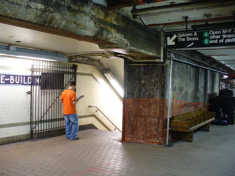 (120k, 896x672)<br><b>Country:</b> United States<br><b>City:</b> New York<br><b>System:</b> New York City Transit<br><b>Line:</b> IRT East Side Line<br><b>Location:</b> Wall Street <br><b>Photo by:</b> Robbie Rosenfeld<br><b>Date:</b> 7/7/2006<br><b>Notes:</b> Station renovation.<br><b>Viewed (this week/total):</b> 3 / 2804