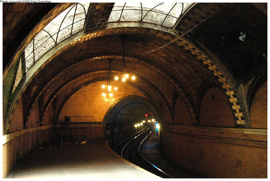 (290k, 1044x701)<br><b>Country:</b> United States<br><b>City:</b> New York<br><b>System:</b> New York City Transit<br><b>Line:</b> IRT East Side Line<br><b>Location:</b> City Hall <br><b>Photo by:</b> Fred Guenther<br><b>Date:</b> 7/9/2006<br><b>Viewed (this week/total):</b> 3 / 6414