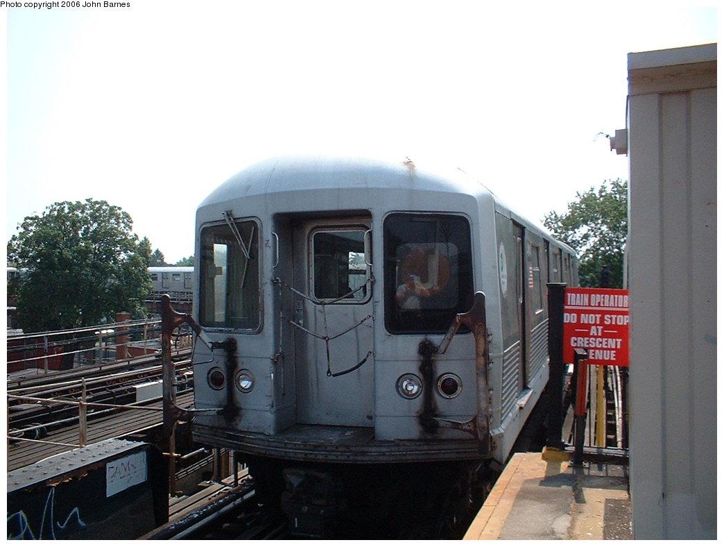 (160k, 1044x788)<br><b>Country:</b> United States<br><b>City:</b> New York<br><b>System:</b> New York City Transit<br><b>Line:</b> BMT Nassau Street/Jamaica Line<br><b>Location:</b> Cypress Hills <br><b>Route:</b> J<br><b>Car:</b> R-42 (St. Louis, 1969-1970)   <br><b>Photo by:</b> John Barnes<br><b>Date:</b> 7/10/2006<br><b>Viewed (this week/total):</b> 0 / 2158