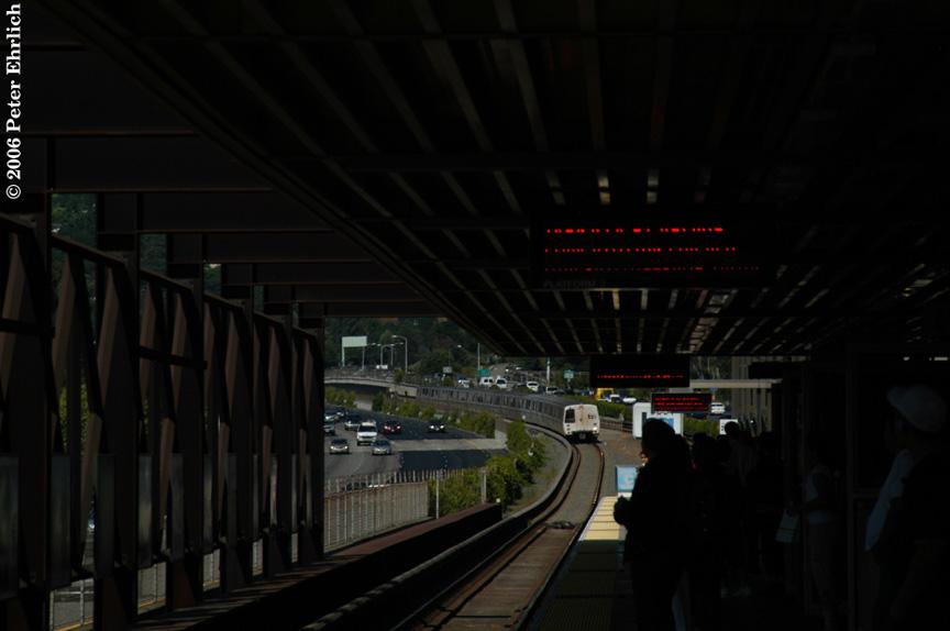 (109k, 864x574)<br><b>Country:</b> United States<br><b>City:</b> San Francisco/Bay Area, CA<br><b>System:</b> BART<br><b>Location:</b> Rockridge<br><b>Car:</b> BART 357 <br><b>Photo by:</b> Peter Ehrlich<br><b>Date:</b> 6/23/2006<br><b>Notes:</b> Westbound train arriving.<br><b>Viewed (this week/total):</b> 0 / 1945