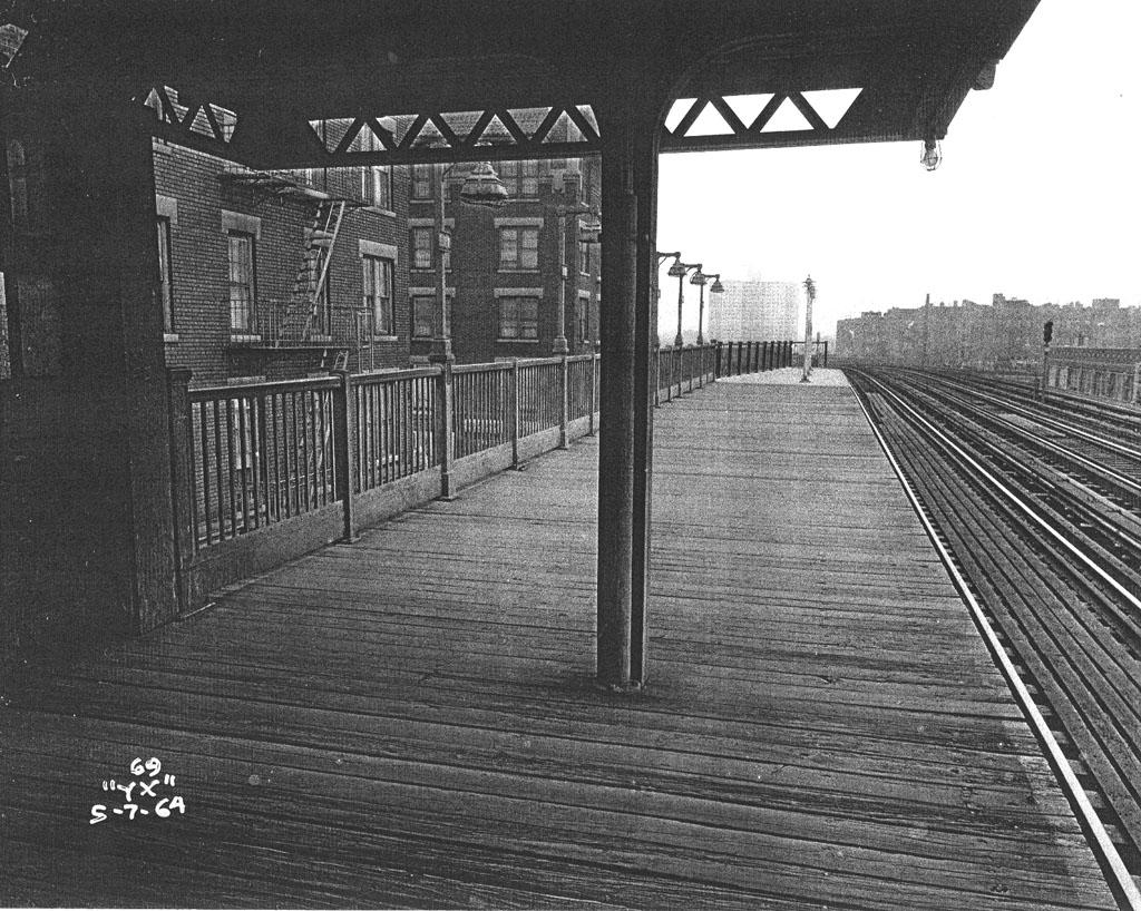 (258k, 1024x818)<br><b>Country:</b> United States<br><b>City:</b> New York<br><b>System:</b> New York City Transit<br><b>Line:</b> IRT Pelham Line<br><b>Location:</b> Elder Avenue <br><b>Collection of:</b> Al Westerfield<br><b>Date:</b> 5/7/1964<br><b>Viewed (this week/total):</b> 3 / 1398