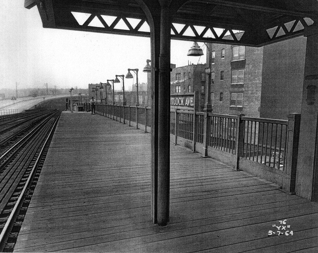 (265k, 1024x814)<br><b>Country:</b> United States<br><b>City:</b> New York<br><b>System:</b> New York City Transit<br><b>Line:</b> IRT Pelham Line<br><b>Location:</b> Whitlock Avenue <br><b>Collection of:</b> Al Westerfield<br><b>Date:</b> 5/7/1964<br><b>Viewed (this week/total):</b> 0 / 1541