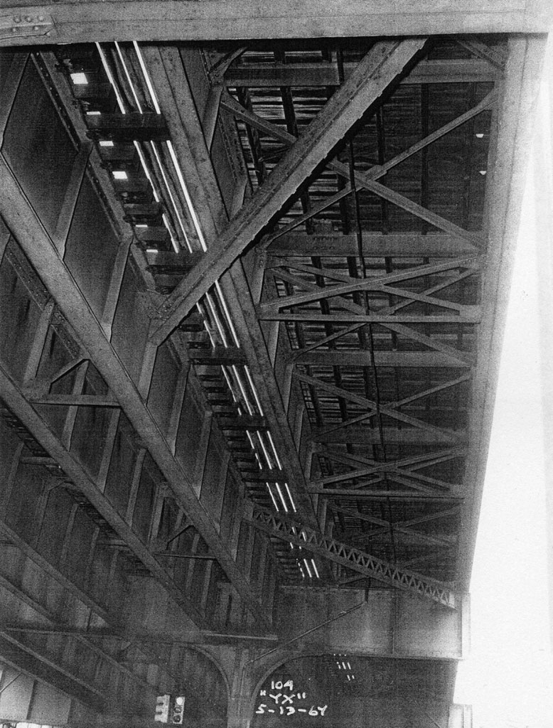 (234k, 778x1024)<br><b>Country:</b> United States<br><b>City:</b> New York<br><b>System:</b> New York City Transit<br><b>Line:</b> IRT Pelham Line<br><b>Location:</b> Castle Hill Avenue <br><b>Collection of:</b> Al Westerfield<br><b>Date:</b> 5/13/1964<br><b>Viewed (this week/total):</b> 0 / 1292