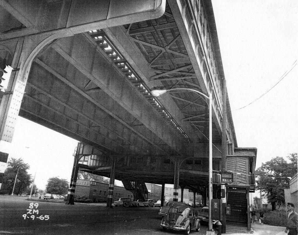 (206k, 1024x809)<br><b>Country:</b> United States<br><b>City:</b> New York<br><b>System:</b> New York City Transit<br><b>Line:</b> IRT Pelham Line<br><b>Location:</b> Middletown Road <br><b>Collection of:</b> Al Westerfield<br><b>Date:</b> 9/9/1965<br><b>Viewed (this week/total):</b> 0 / 1946