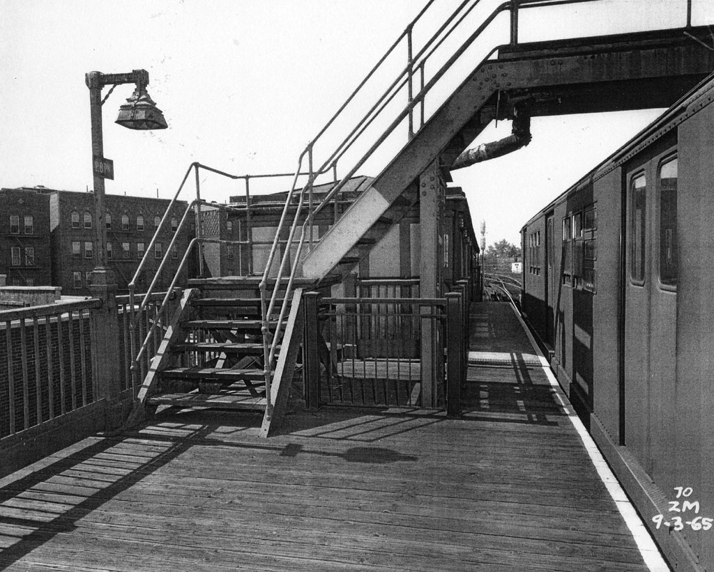 (226k, 1024x821)<br><b>Country:</b> United States<br><b>City:</b> New York<br><b>System:</b> New York City Transit<br><b>Line:</b> IRT Pelham Line<br><b>Location:</b> Pelham Bay Park <br><b>Collection of:</b> Al Westerfield<br><b>Date:</b> 9/3/1965<br><b>Viewed (this week/total):</b> 1 / 2020